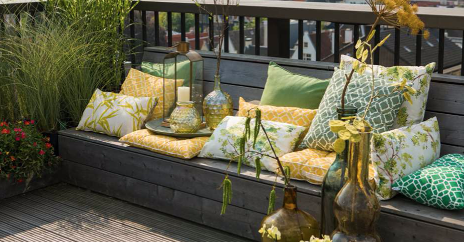 Bright outdoor cushions